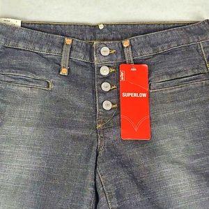 NWT Juniors Levi's Superlow Jeans
